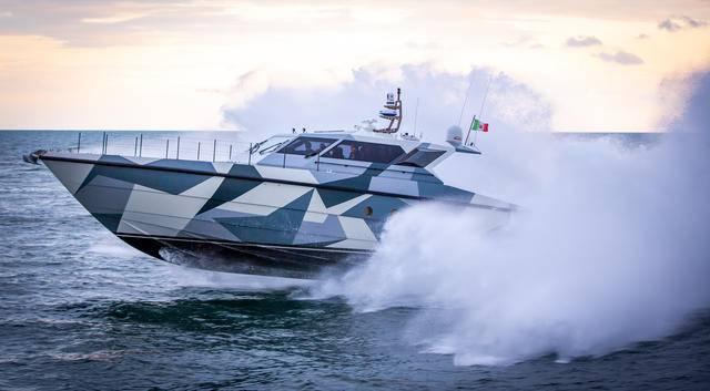 【原创】进博会最大的展品—— 高速又省油,法拉第高速巡航艇首次来亚洲