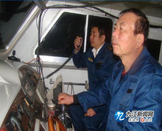 九江海事局新港海事处积极开展枯水期夜航工作