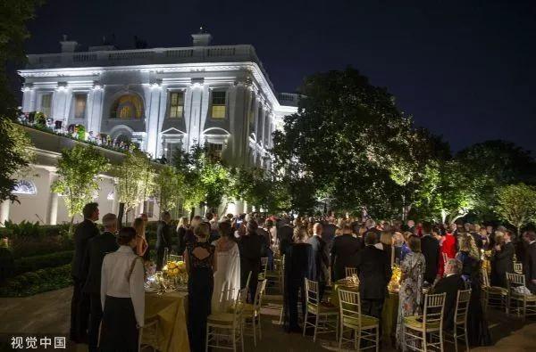 ▲当地时间9月20日,川普和夫人梅拉尼娅为到访的莫里森夫妇举行国宴。