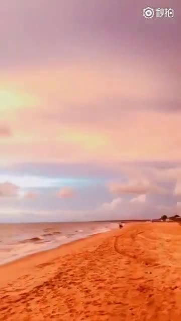 斯里兰卡的尼甘布海滩,童话般的晚霞。