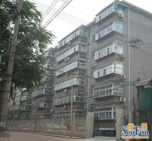 蜀山合肥学院教师宿舍楼 VS 万科铂客公寓,哪个更宜居?