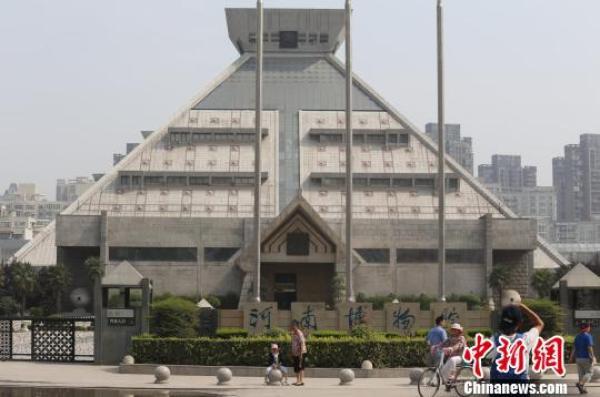 主展馆闭馆维修近3年的河南博物馆。