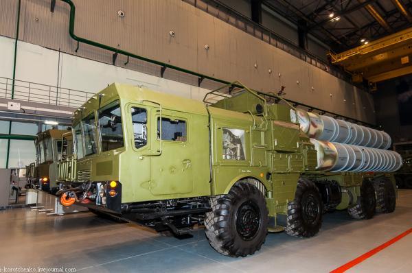 俄媒称首个S400导弹团装备运抵中国 3船货到了2船_遨游VPN