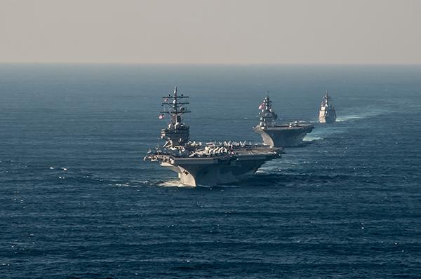 美海军转型重建