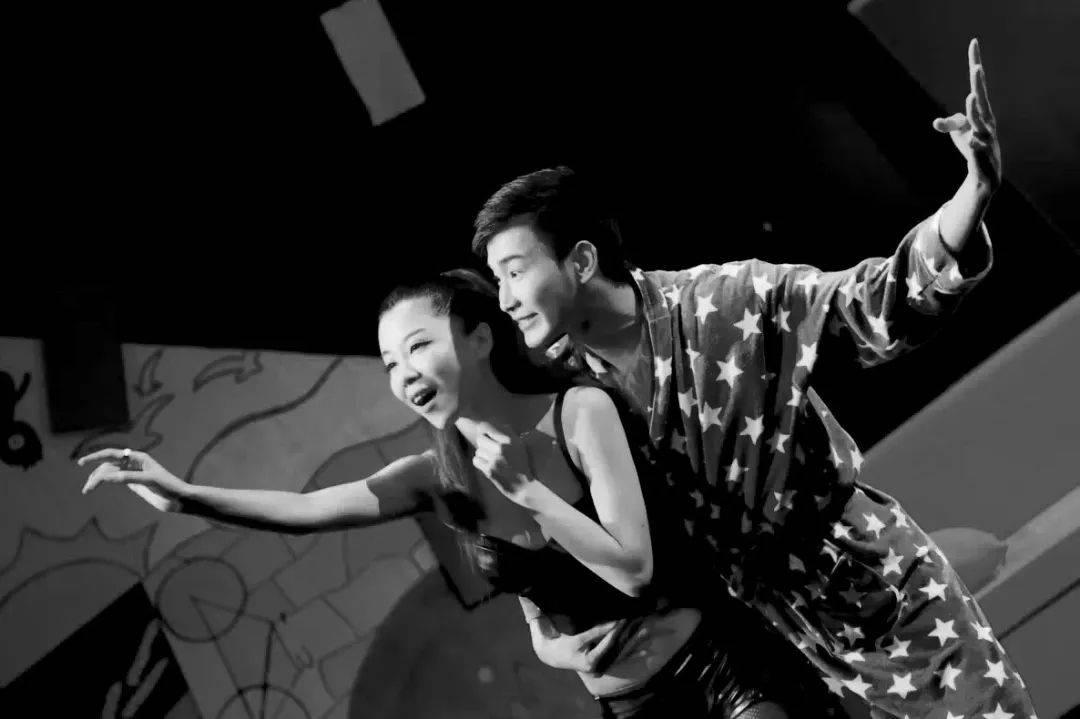 话剧《一席之地》北京热映,道出那些都市男女的酸甜苦辣