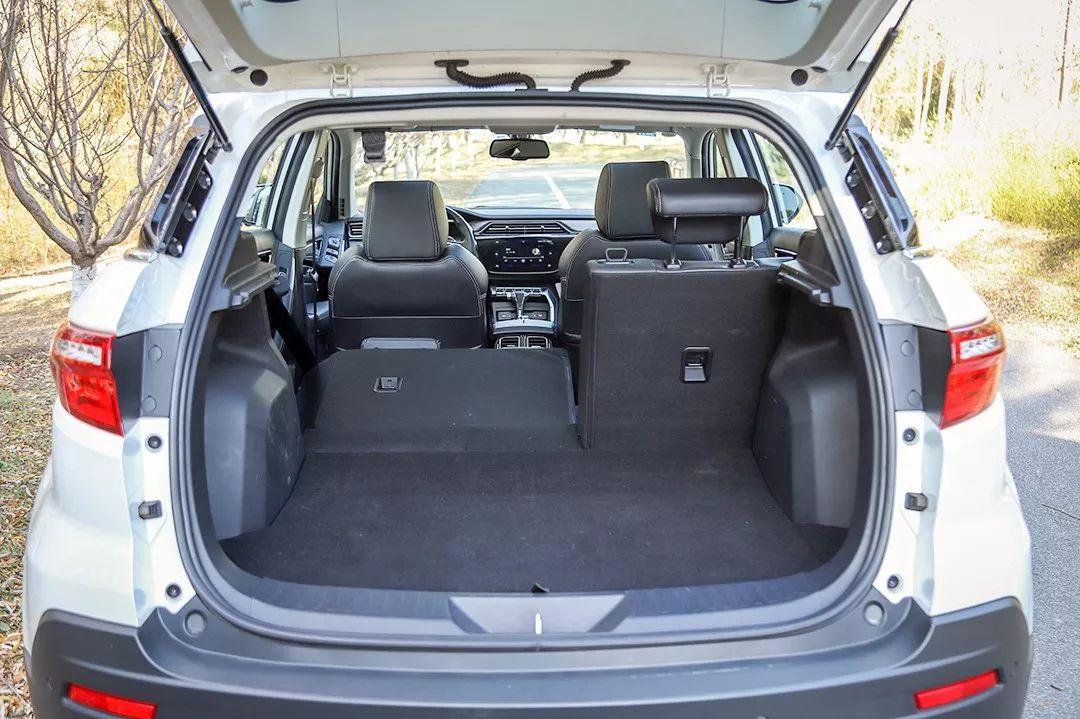 百公里油耗6.3L,后排空间2拳,这款合资SUV起售不到11万