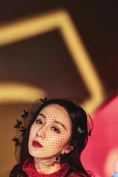 娄艺潇:做歌手我是追梦成功案例