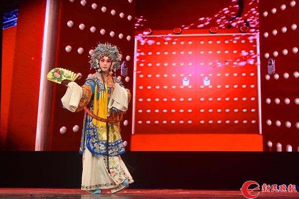 上戏京剧、木偶来到甘肃小城 国粹魅力历