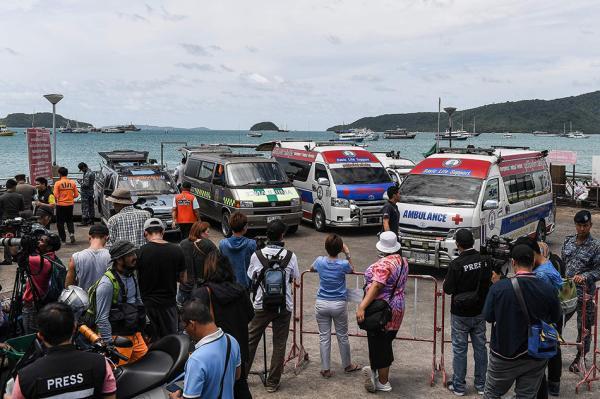 视觉中国 图 当地时间7月5日下午发生的两起泰国普吉岛沉船事件已造成