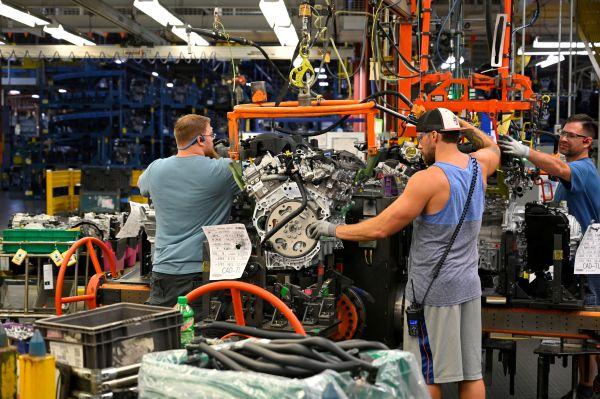 外媒关注:美制造业9月萎缩至十年低位
