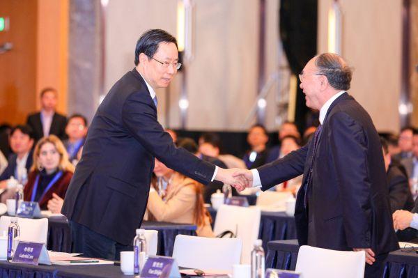 黄奇帆:自贸区将为我国服务贸易带来灿烂的春天