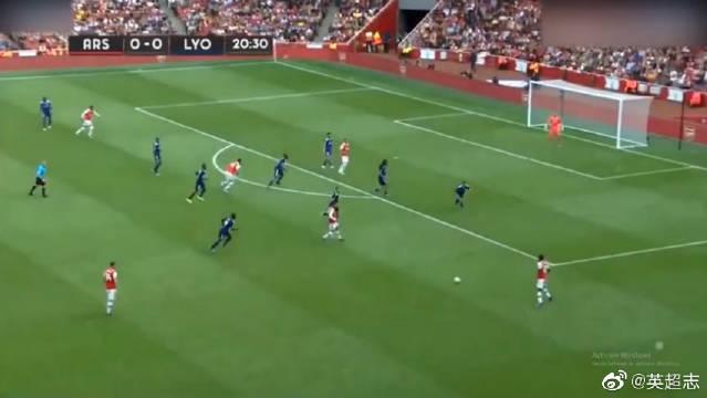 酋长杯-阿森纳1-2里昂,穆萨登贝莱双响奥巴梅扬破门