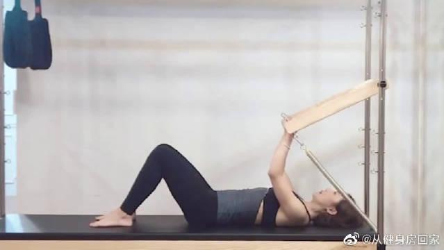 能增强平衡感,愉悦身心,减少腰腹脂肪,非常实用的减肥方法哦