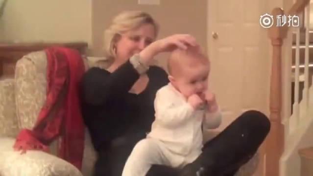 一个奶奶教你通过头部按摩,让小