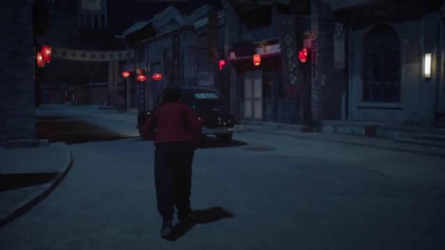 《新世界》红衣女子半夜在马路上奔跑