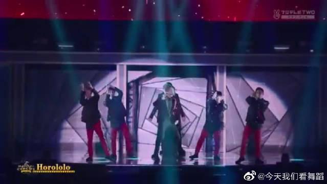 EXO主唱的尊严!全程又唱又跳不带喘气,实力真的太稳了