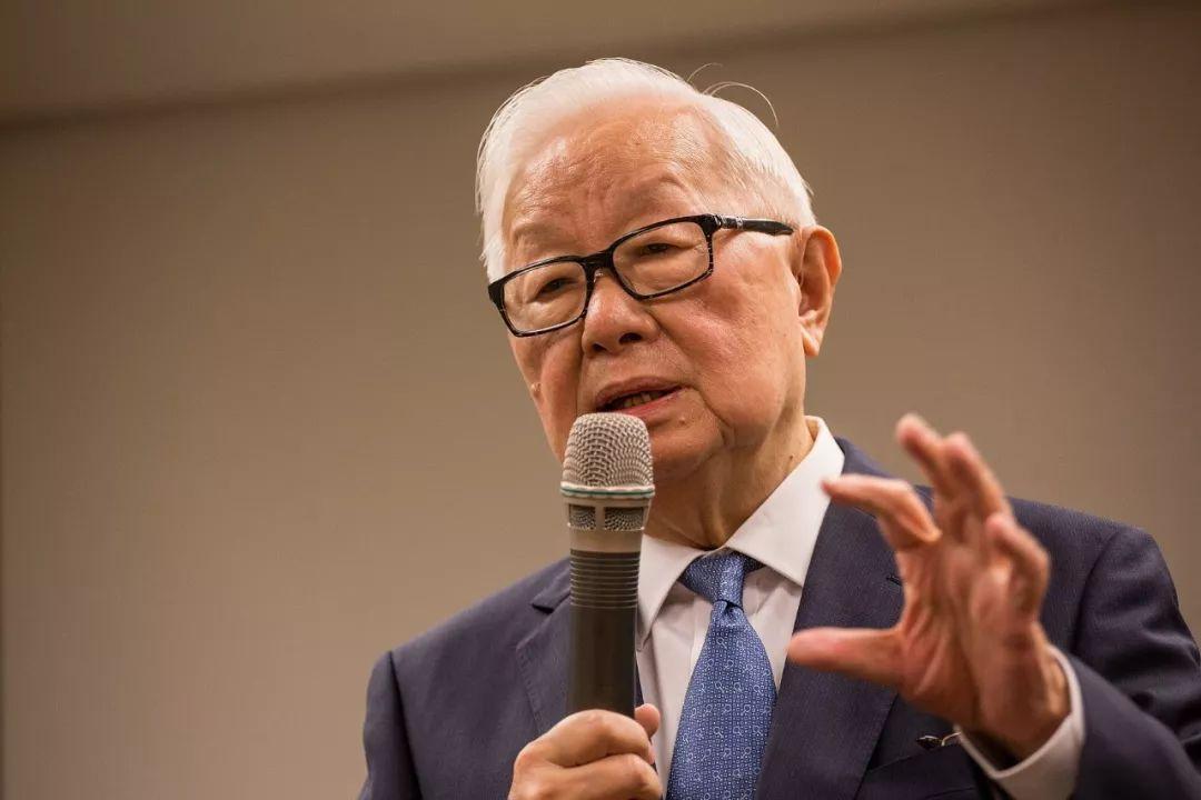 ▲台积电创始人兼董事长张忠谋(图片来源:视觉中国)