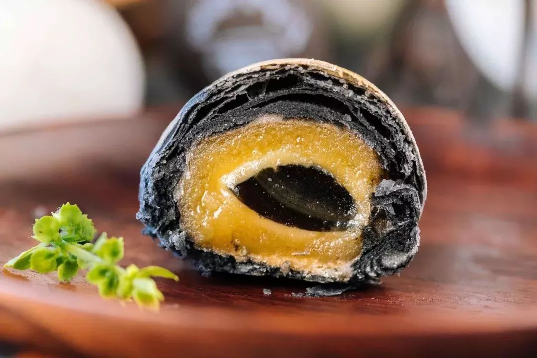 《中国美食的巅峰,藏在一颗皮蛋里》