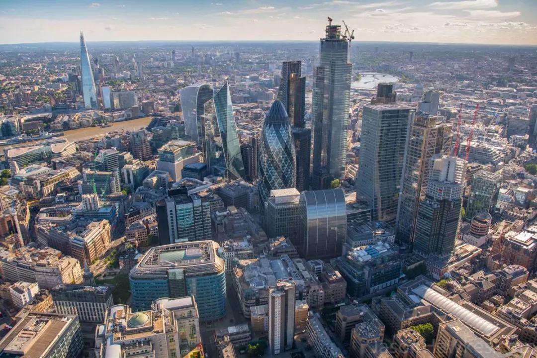 伦敦做为金融乡的标记性修建(滥觞:新华社)