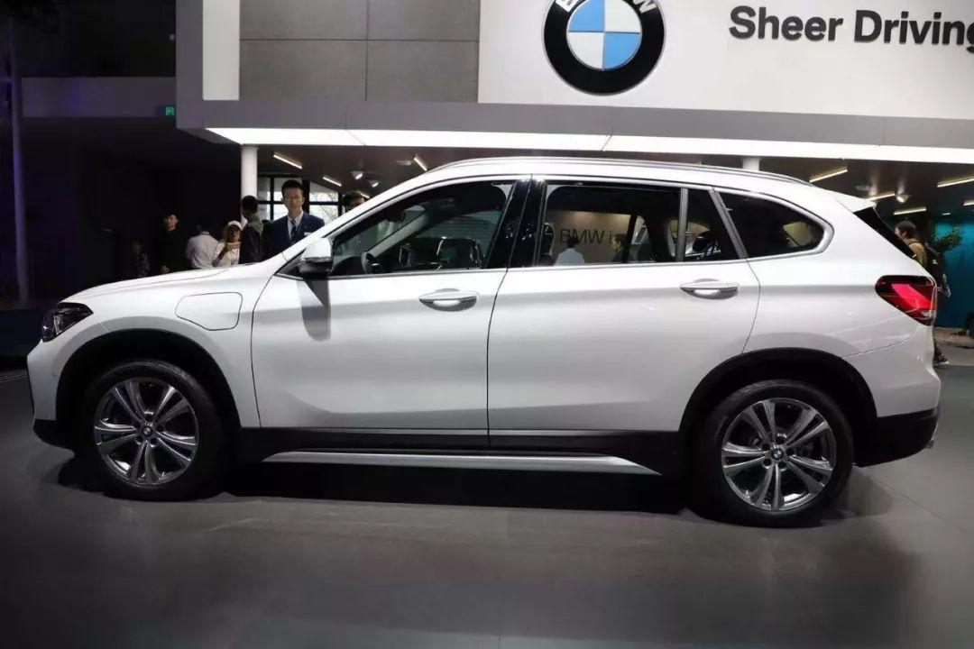 宝马入门SUV新款刚刚上市,踮踮脚你也能买得起!