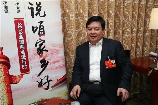全国人大代表、秦皇岛市市长张瑞书接受央广记者采访 央广网记者韩靖/摄
