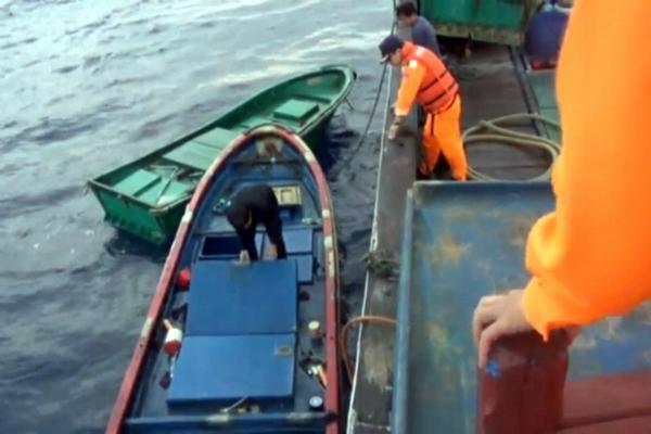 """台当局羁押9名大陆渔民 以""""越界""""为由登船搜查行知汇元"""