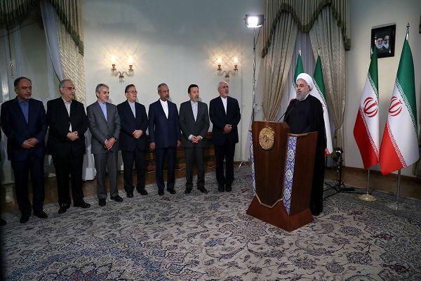 5月8日,鲁哈尼发表讲话现场。(伊朗迈赫尔通讯社)