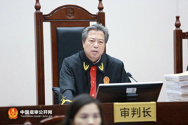 擔任顧雛軍案再審的審判長是最高法院二級大法官裴顯鼎。