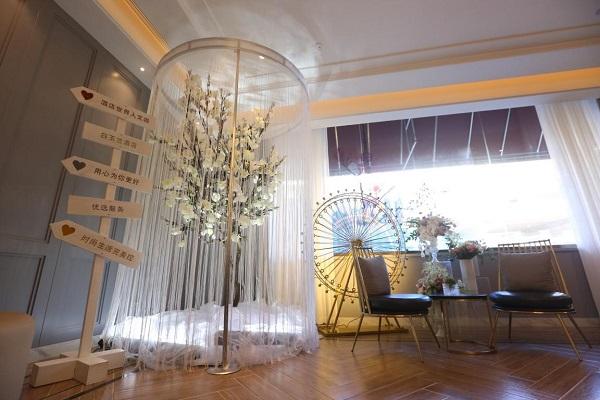 锦江国际集团经济型酒店华丽转身 首个优选服务旗舰酒店开业