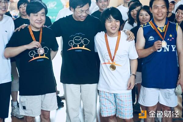 (2008年,在康盛运动会拿到乒乓球冠军)