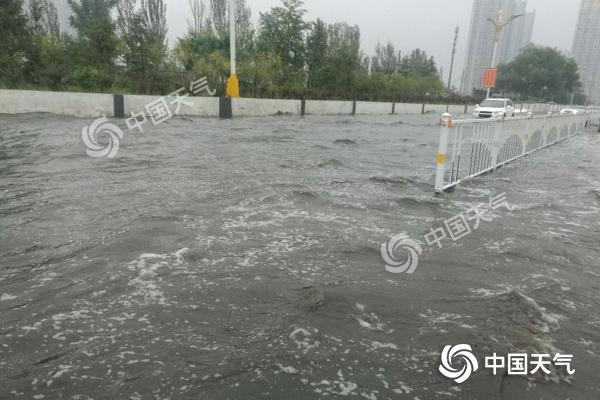 内蒙古雨区移至东北部 呼伦贝尔兴安盟局地有暴雨