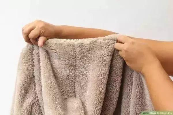 衣服洗完又皱又起球?冬季衣服这样清洗,多穿10年都没问题!
