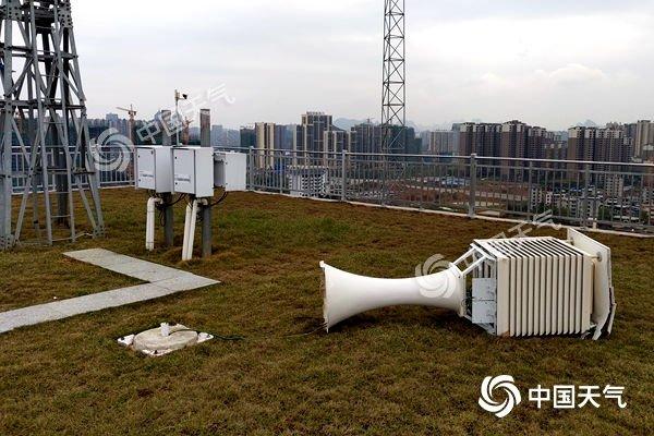 广西桂林刮17级大风 破历史纪录