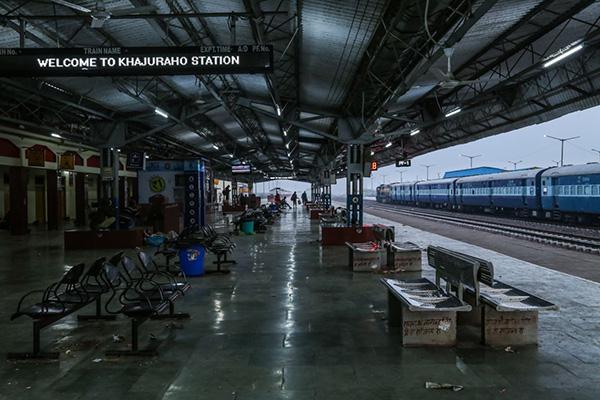 印度火车旅行漫谈:次大陆的逻辑和迷思应该从何说起?