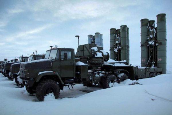 图为部署在北极地区的俄军防空系统