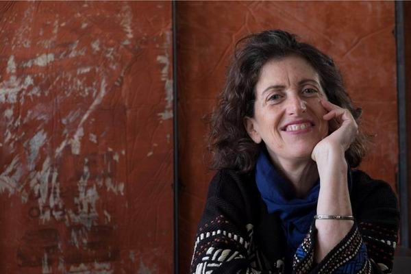 埃莱娜·比奈谈摄影:何以聚焦苏州园林的墙垣与建筑的碎影