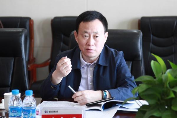 哈尔滨副书记艾立明省人大代表资
