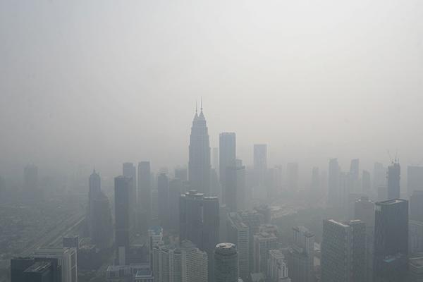 當地時間2019年9月11日,馬來西亞吉隆坡,當地霧霾嚴重。視覺中國 圖