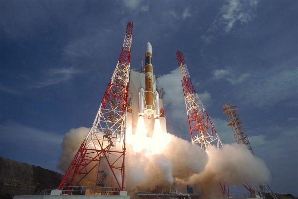 材料图片:日本收射H2A运载水箭。(日本防卫省网站)