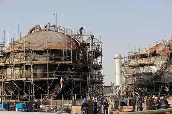沙特石油产业中间遭袭现场