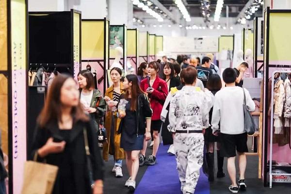 扩大上海时尚产业生态圈? 上海时装周好戏连台