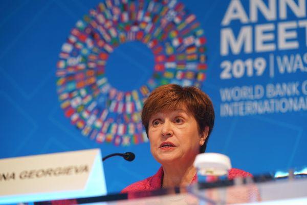 """外媒:IMF敦促中美达成持久""""贸"""