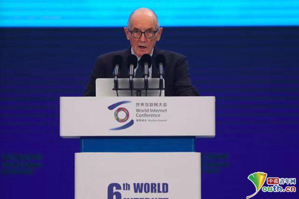 国际电信联盟副秘书长马尔科姆·约翰逊:互联网连到农村,5G是巨大机会!
