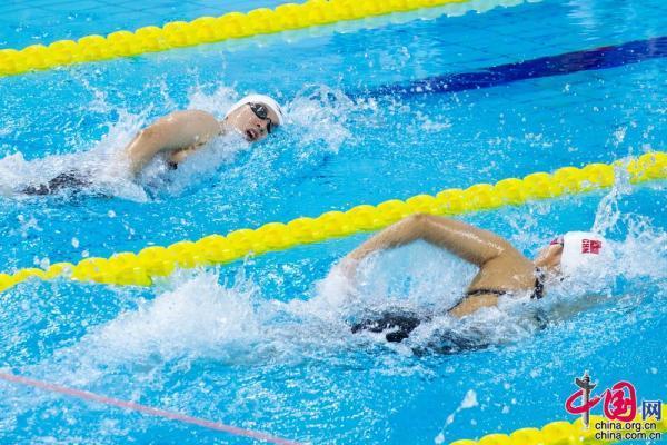 赛会纪录再被刷新 中国男女100米混合救生项目添两金「组图」