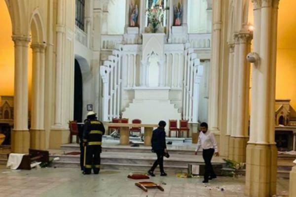 智利暴力示威者袭击教堂 主教发声严厉谴责