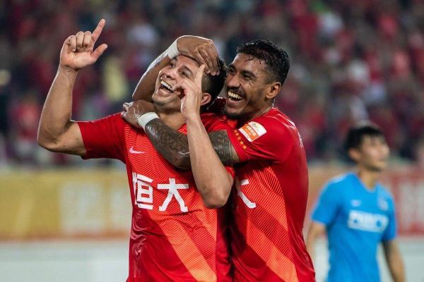 广州恒大夺得中超第8冠 或开启又一次垄断