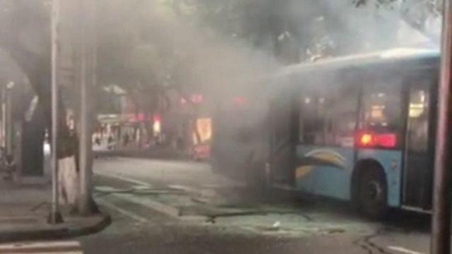 四川乐山一公交车发生爆炸 已排除暴恐活动