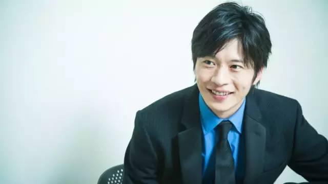 岁首的日剧《大叔之喜欢》,是田中圭人气爆红的契机。