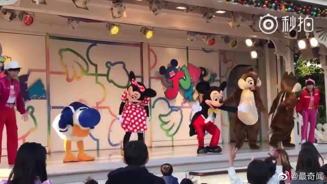 迪士尼跳舞表演