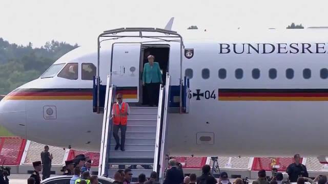 德国总理默克尔抵达法国